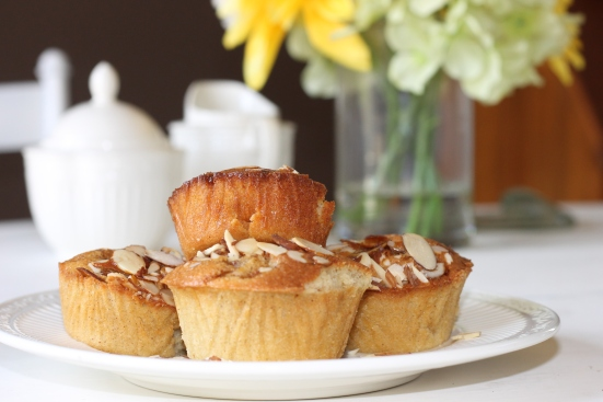mini Almond Cinnamon-dusted Pear Cakes